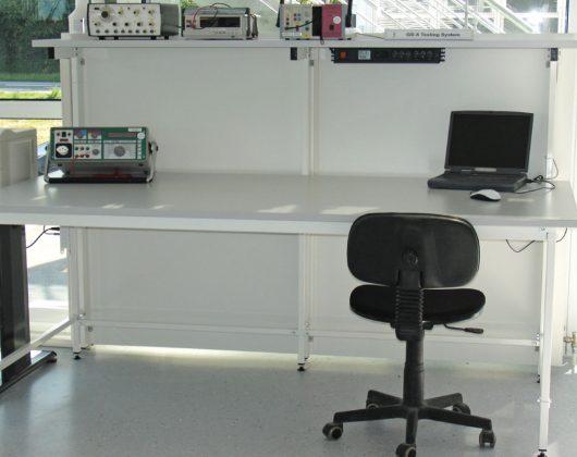 Arbeitstische PC-Tische