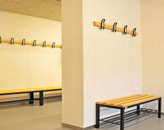 Projekt-Bootshaus_Sitzbänke-und-Wandhaken