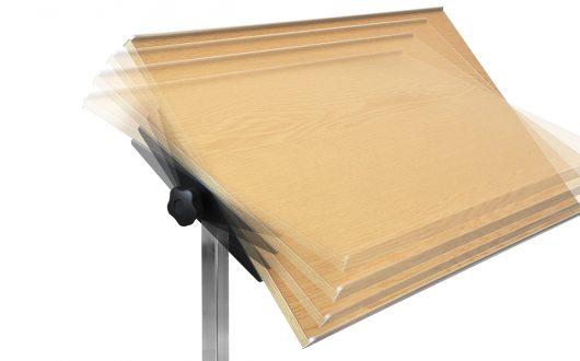 Tischblatt-Abschwenkung